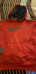 Boy's Nike Thermal Fit Hoodie